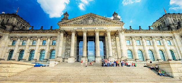 Der Reichstag © Wolfgang Staudt auf flickr.com (CC 2.0), bearb. MiG