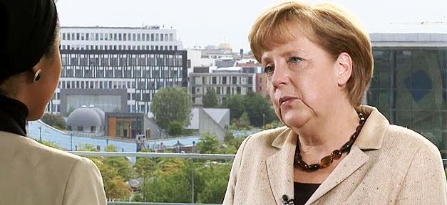 Bundeskanzlerin Angela Merkel im Interview mit Tutku Güleryüz © bundeskanzlerin.de, bearb. MiG