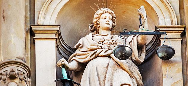 Die Justizia © Markus Daams @ flickr.com (CC 2.0), bearb. MiG