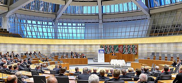 Der Nordrhein-Westfälische Landtag © VdW Rheinland Westfalen @ flickr.com (CC 2.0)