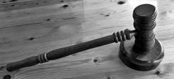 Justiz, Urteil, Entscheidung, Richterhammer, Hammer, Beschluss