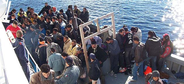 Flüchtlinge, italien, boot, mittelmeer, asyl, afrika, einwanderung, zuwanderung