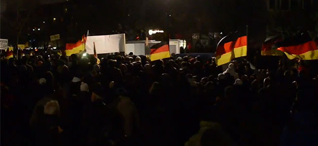 Pegida, Demonstration, Demo, Rechtsextremismus, Rechtspopulismus