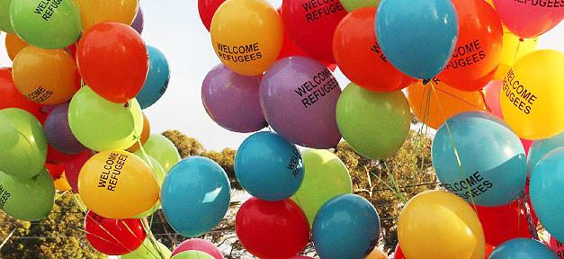 refugees, flüchtlinge, willkommen, ballons, demonstration, demo