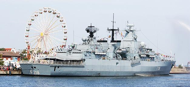 Schiff, Kriegsschiff, Krieg, Marine, Küste, Riesenrad