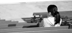 Frau, allein, Traurig, sitzen, Stadion