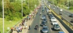 Flüchtlinge, Autobahn, Deutschland, Österreich, zu Fuß