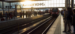 Bahnhof, Hauptbahnhof, München, Gleis, Zug, Passagiere