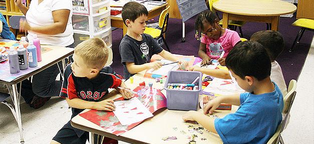 Kindergarten, Kinder, Kita, malen, basteln