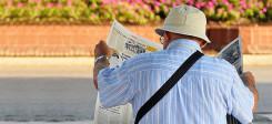 Rentner, Türke, Alter, Zeitung, lesen