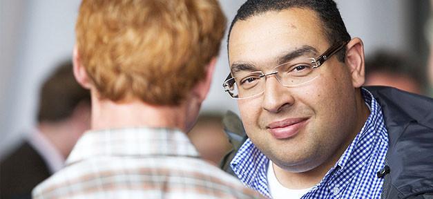 Gespräch, Beratung, Lächeln, Mann, Brille, Männer