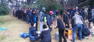 Flüchtlinge, Grenze, Essen, Hilfe, Mazedonien, Wald