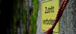 Zutritt verboten, Schild, Diskriminierung, Verbot, Seil