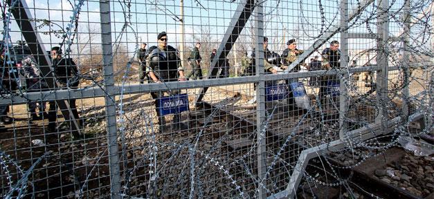 Flüchtlinge, Idomeni, Polizei, Flüchtlingslager, Grenze