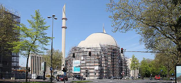 Moschee, Minarette, Ampel, rot, Ditib, Köln