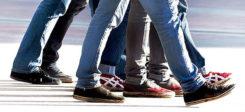 Beine, Jugendliche, Füße, Gehen, Straße