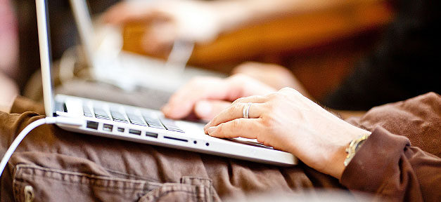 Computer, Hand, Fachkraft, Programmierer, Internet, Surfen