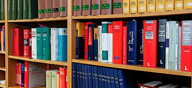 Rechtsanwalt, Recht, Rechtswissenschaften, Bücher, Bibliothek, Studium, Jura