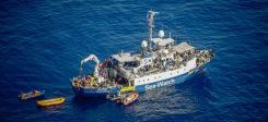 Sea-Watch, Rettungsschiff, Mittelmeer, Flüchtlinge, Hilfe