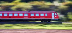 Bahn, Zug, Zugfahrt, Gleis, Reise, Geschwindigkeit