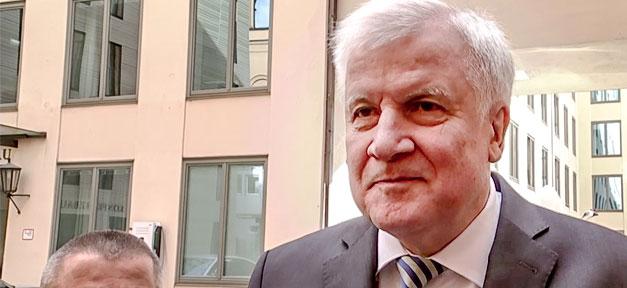 Horst Seehofer, BMI, Bundesinnenminister, Heimatminister