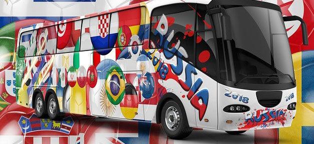 Fußball, Fussball, Weltmeisterschaft, WM, Russland, Bus, Fahnen