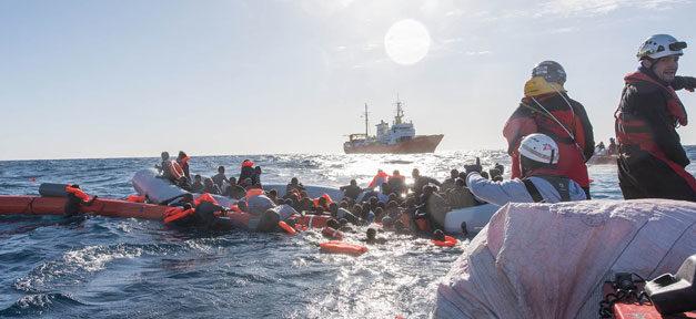 Mittelmeer, Flüchtlinge, Rettung, Hilfe, Ertrinken, Seenotretter, SOS Mediterranee