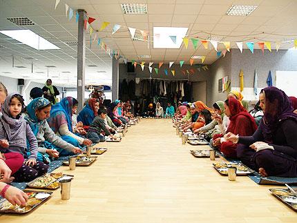 Das Essen bei den Sikhs © Anika Schwalbe