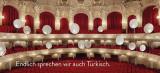 Die Komische Oper kann jetzt auch Türkisch