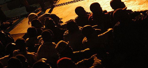flüchtlinge, lampedusa, migranten, asyl, boot