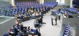 Bundestag beschließt Burka-Verbot für Beamte