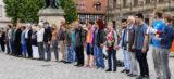 Über 40.000 bei Menschenketten gegen Rassismus
