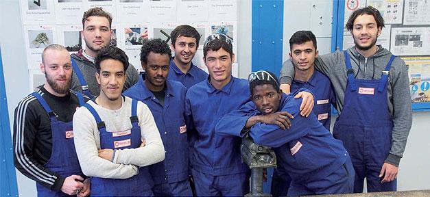 Ausbildung, Jugendliche, Handwerk, Flüchtlinge, Blaumann