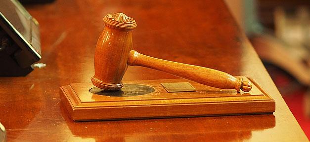 Richter, Hammer, Urteil, Gericht, Justiz, Richterhammer