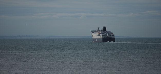 Schiff, Fähre, Meer, Calais, Dover, Frankreich, England, Flüchtlinge
