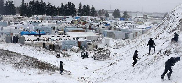 Flüchtlinge, Winter, Kälte, Flüchtlingslager, Syrer, Kinder