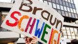 Zehntausende demonstrieren gegen AfD-Parteitag