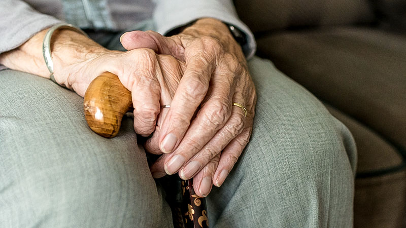 Hände, Alter, Pflege, Oma, Rente, Warten, Sitzen