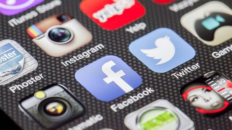 Handy, Facebook, Twitter, soziale Medien, Telefon, Smartphone, Internet