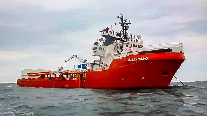 Seenotretter, Schiff, Ocean Viking, Mittelmeer, Flüchtlingspolitik