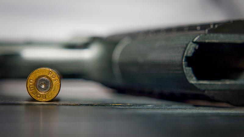Waffe, Pistole, Munition, Gewalt, Drohung, Straftat