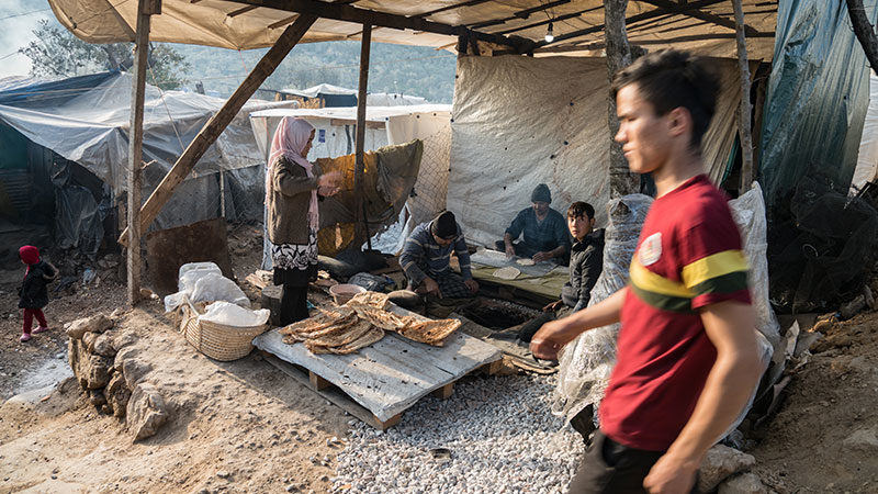 Griechenland, Flüchtlingslager, Flüchtlinge, Brot, Lebensmittel, Backen