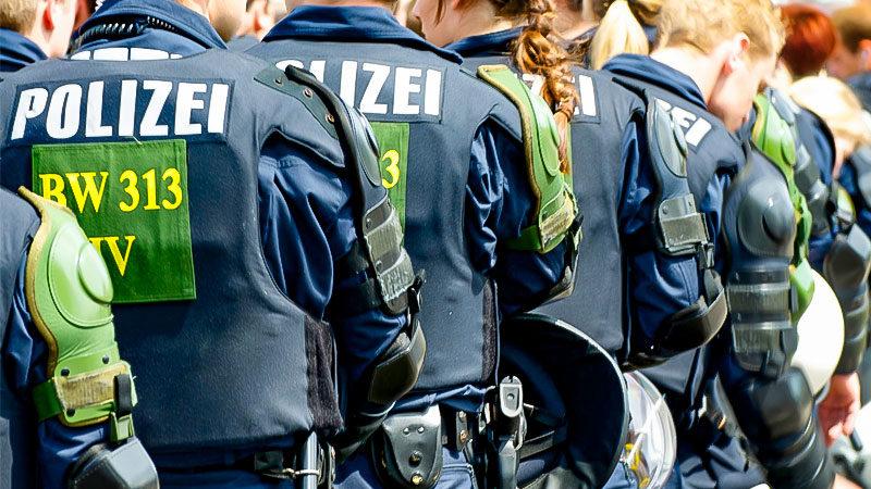 Polizei, Einsatz, Sicherheit, Demonstration, Gewalt, Hundertschaft