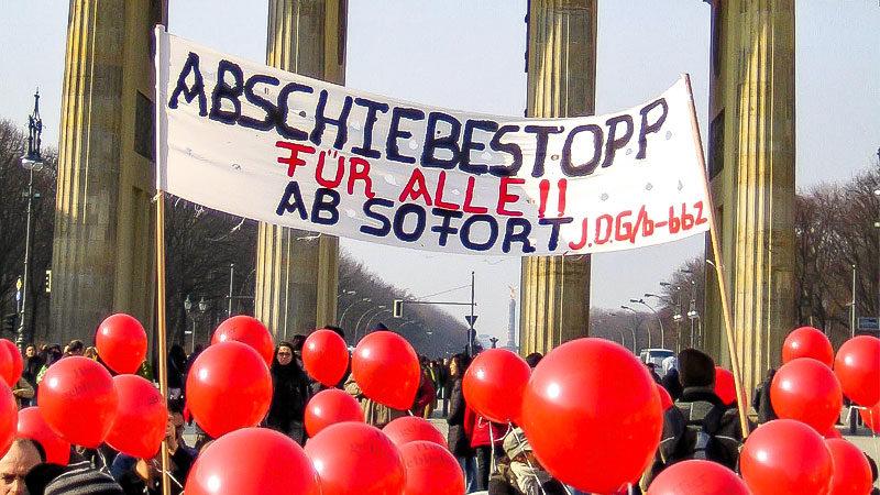 Abschiebung, Flüchtlinge, Asyl, Demonstration, Luftballons