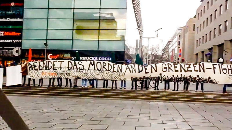 Flashmob, Demonstration, Grenzschutz, Flüchtlingspolitik