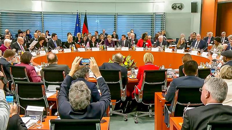 Integrationsgipfel, Angela Merkel, Hanau, Rassismus, Rechtsextremismus