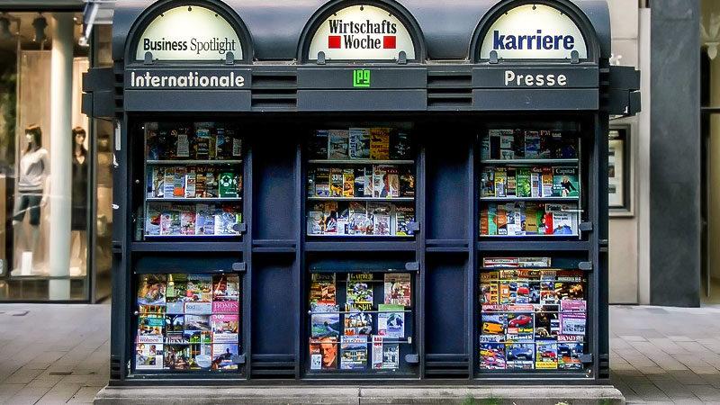 Presse, Medien, Zeitschriften, Zeitungen, Kiosk
