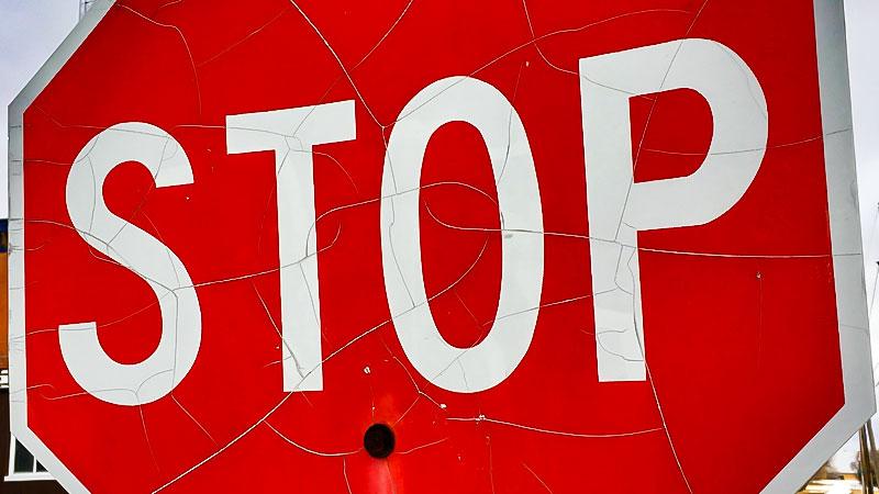 Stop, Verkehrszeichen, Stopschild, Straßenverkehr, Auto, Kfz