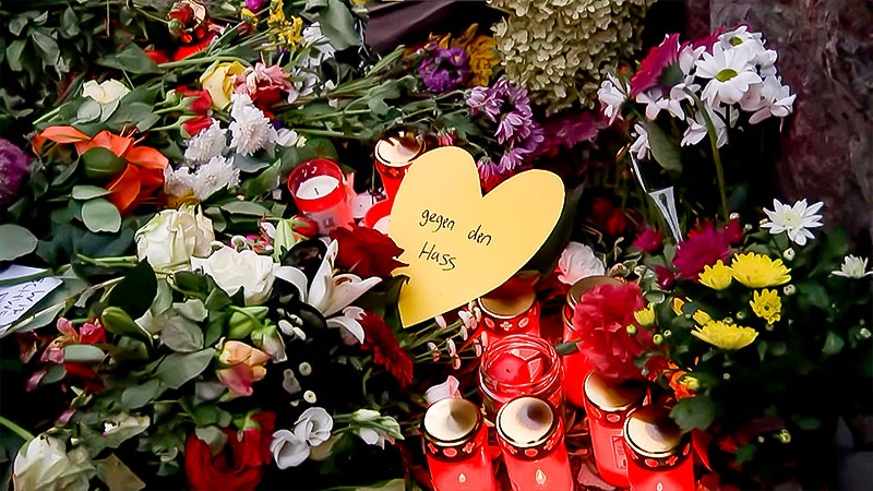Blumen, Kerzen, Hass, Synagoge, Antisemitismus, Rassismus, Halle