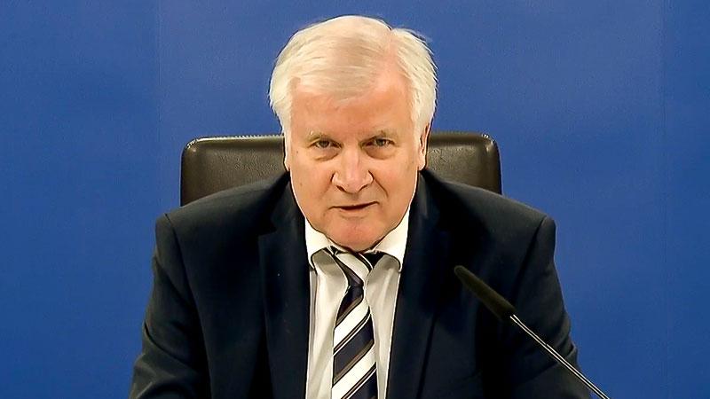 Horst Seehofer, Bundesinnenminister, Pressekonferenz, Innenminister, Minister